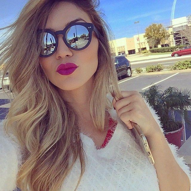 #Selfie com batom da @fabisantina pra @tractamakeup e óculos F21! :)
