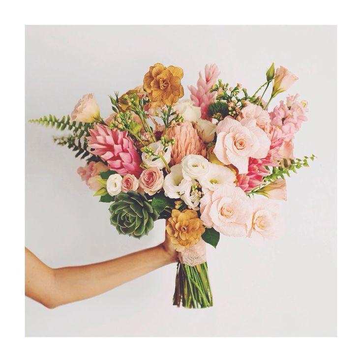 flower concept design | 309 norte - bloco c - galeria | 61 33493301 | wtsp 61 92823792 | contato@queroflo.com