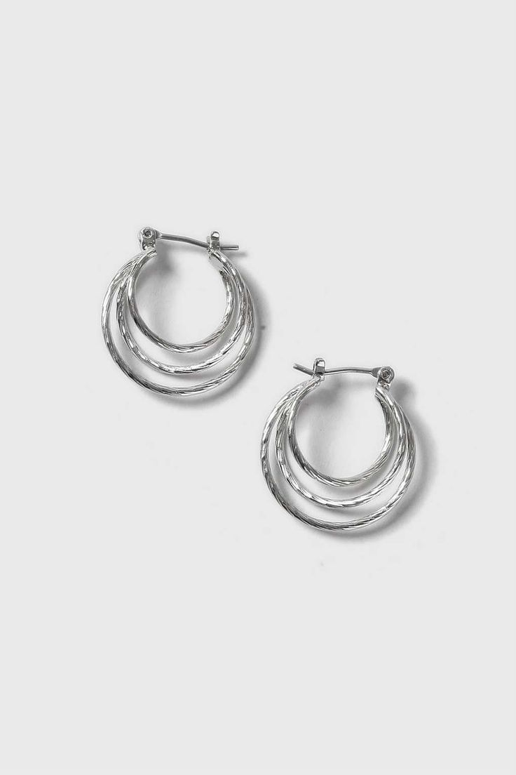 Twisted Circles Hoop Earrings