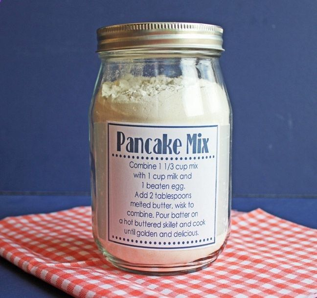 Homemade Pancake Mix in a Jar with Printable Tags -Momo (of course- put It in a mason jar! Love this) would change to a different recipe though