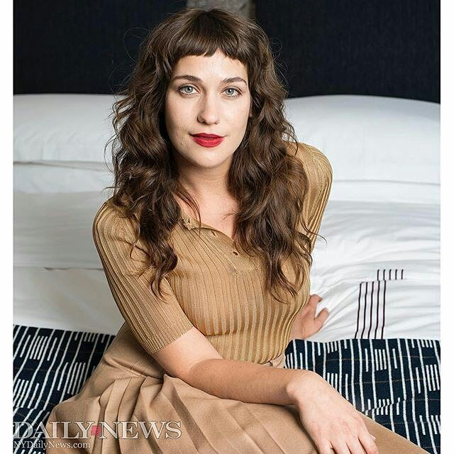 EXCLUSIVE: Lola Kirke from AWOL photographed at Smyth  a Thompson Hotel (@thompsonhotels) during the TriBeCa Film Festival. Follow the link in the bio for more.  Photo by @wawawomp. #smythhotel @fotocarenyc @fredatfotocare #fotocare #fotocarenyc #nydntribeca