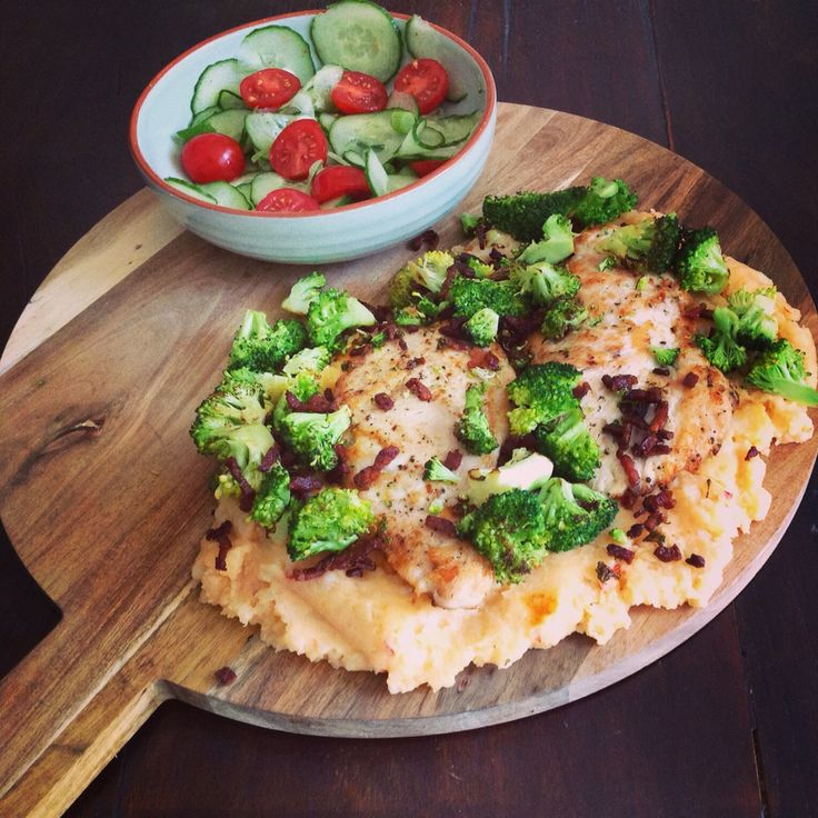 Pittige Chili-kip op een bedje van zoete aardappelpuree jammiejammie Inky's Joyfood