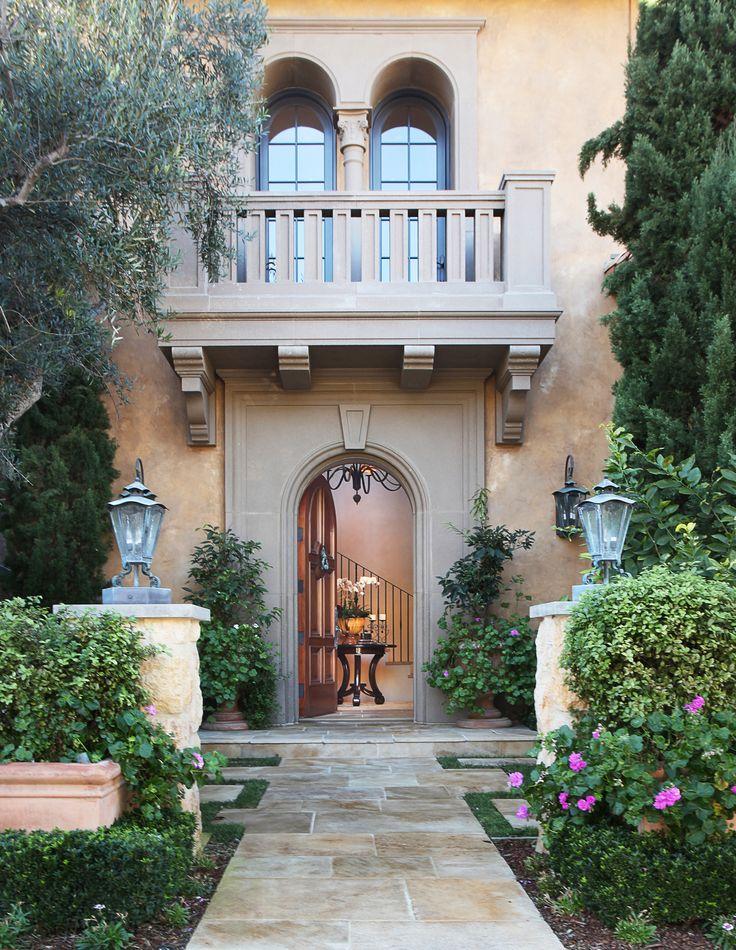 50 best italian villa images on pinterest house floor for Mediterranean villa architecture