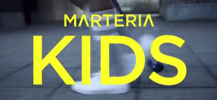 Marteria Kids (2 Finger an den Kopf) [Single / Musikvideo] http://lofter.de/05-12-2013/marteria-kids-2-finger-an-den-kopf-single-musikvideo/