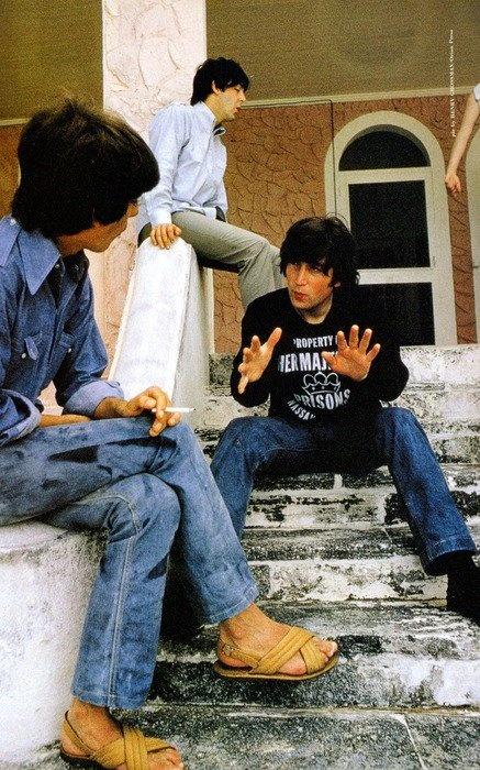 George Harrison, John Lennon, and Paul McCartney - I love casual John look. He wore screen print sweatshirts well.