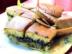 One of my fav. Indonesian snack: Martabak Bangka coklat kacang (it would be nice adding extra cheese)