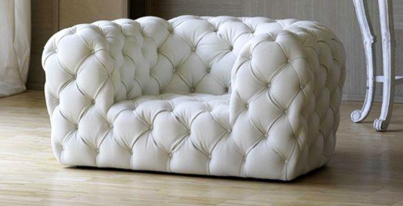 Baxter chesterfield sofa_