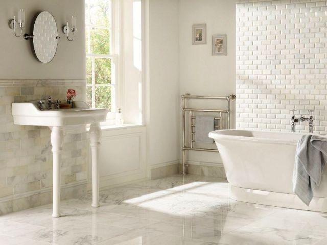 Les 25 meilleures id es concernant carrelage imitation for Carrelage salle de bain imitation marbre