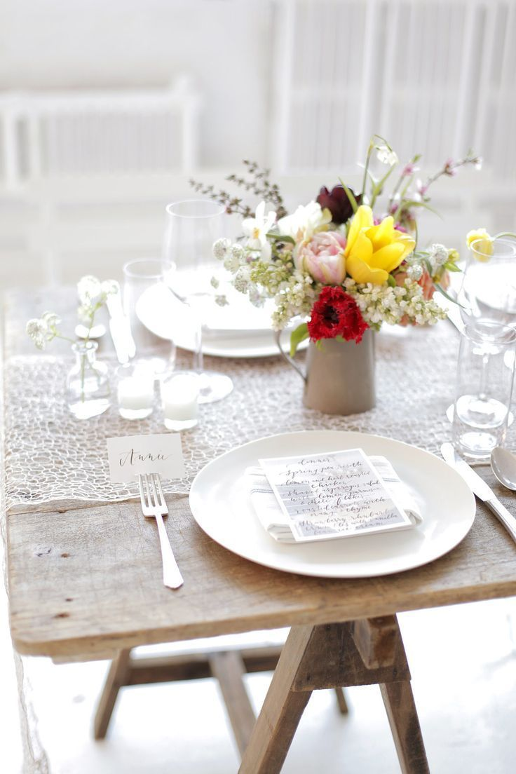Simple dinner table setting - Gorgeous Dinner Party Photography Belathee Photography Place Settings Tablescapes