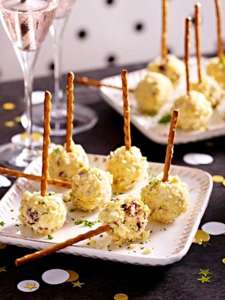 Die leckeren Food Pops, also Snacks in Lolli-Form, erobern jetzt in der deftigen Variante die Buffets dieser Welt. Begeistern Sie Ihre Gäste mit herzhaften oder Veggie Pops.
