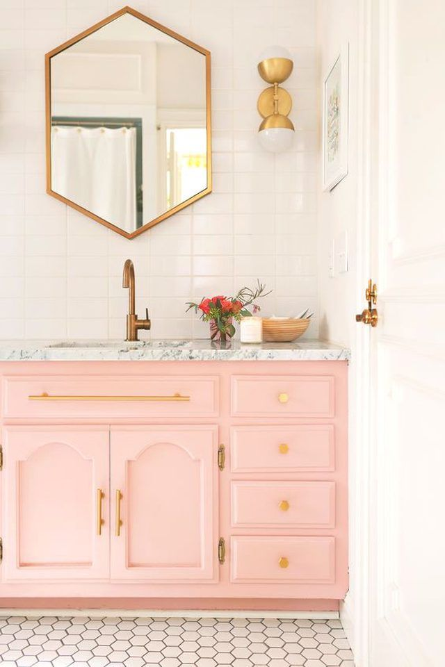 9 Bathroom Themes You Should Seriously Consider