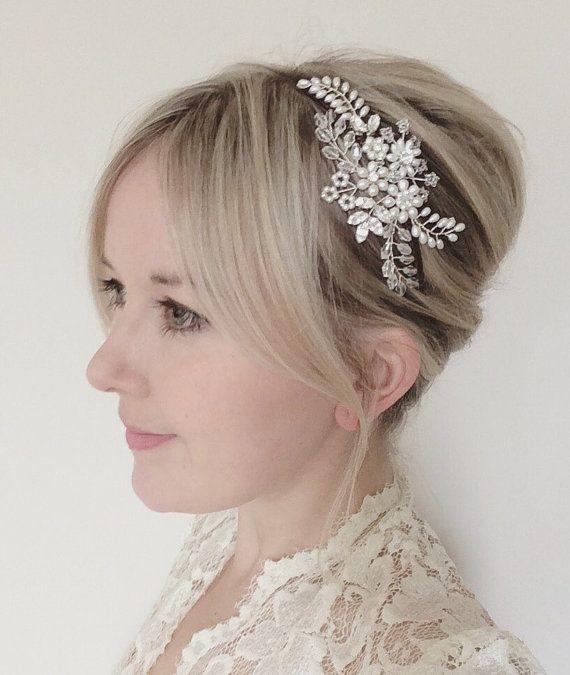Bruids zendspoel bruiloft bloemen kant tiara door JoannaReedBridal