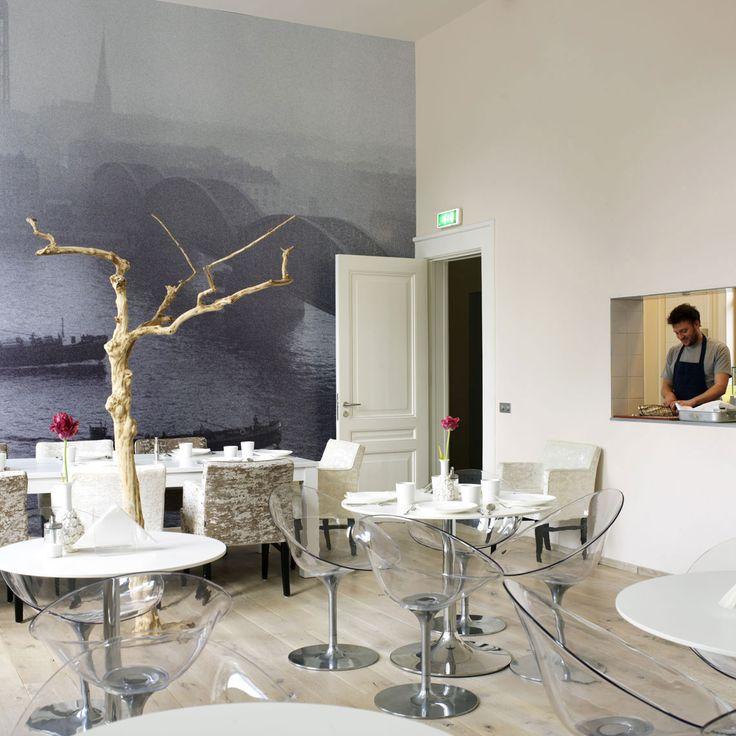 Hotel Pincoffs Rotterdam I Photography by Frank Brandwijk I Styling Mirjam van der Rijst I 'Interior Dining Room and Kitchen'