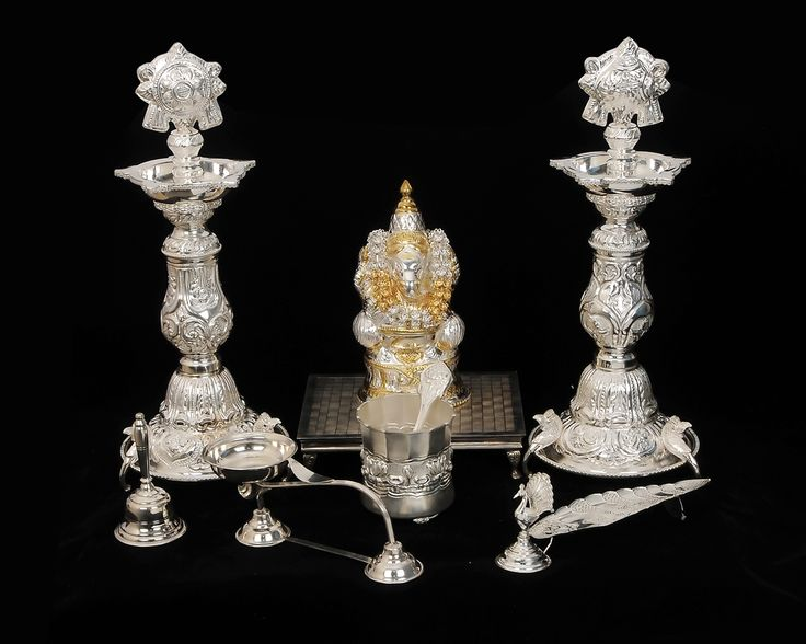 Silver Gifts For Indian Wedding: Pooja Set With Vinaygar Idol