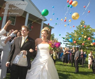 """Biodegradeable Wedding Balloons...In """"white"""" they would look like giant PEARLS! :)"""
