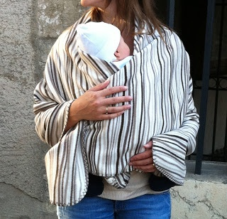 oh so easy babywearing cover DIY