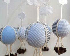 Móbile Balões Azuis