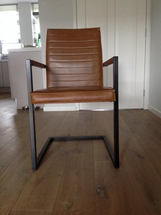 ≥ 6 robuuste cognac kleurige eetkamer stoelen - Stoelen - Marktplaats.nl