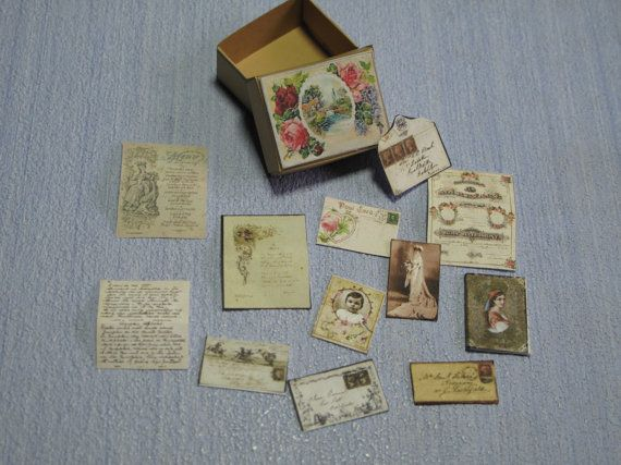 Gaël  Miniature Ladies romantic memory box   1 :12 by Gaelatelier