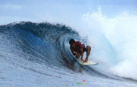 Katiet, Spot Surfing Terbaik - PesonaWisata.©
