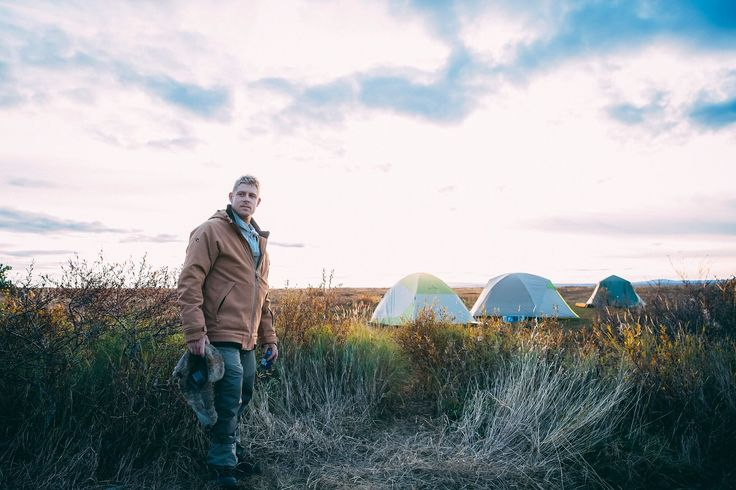 Wild Ark Ambassador, Mick Fanning, setting up camp for the night. Photo by Kirstin Scholtz