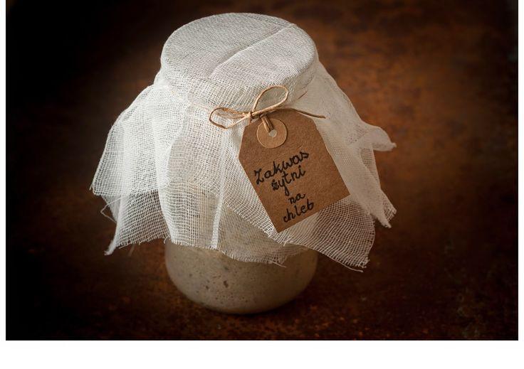 Smakowity Blog Kulinarny: Zakwas żytni na chleb - Przepis krok po kroku