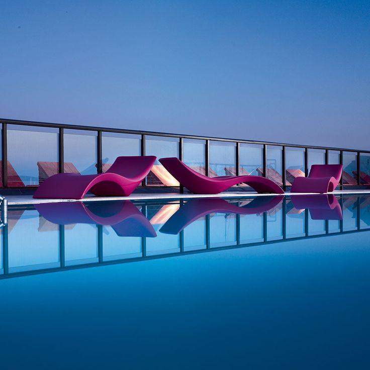 25 beste idee n over italiaanse meubels op pinterest onder het bed opslag en bedden opbergen - Zwembad onder het terras ...