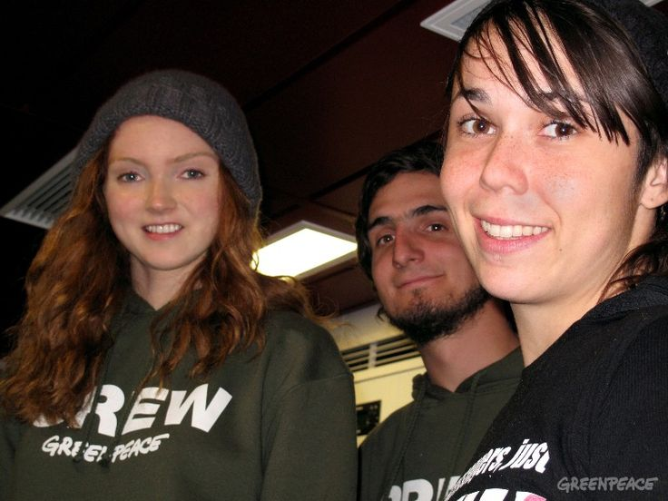 When she's not busy acting and modeling, Lily Cole heavily supports the work at Greenpeace. She's even been aboard the Rainbow Warrior to lend a hand.