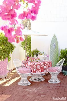 14 Sugar Free Ways To Use Pink In Your Home. Outdoor Beach DecorModern ...