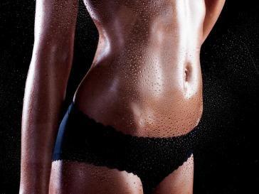 10 minút týchto cvikov urobí s vaším bruchom zázraky už po týždni! | Feminity.sk