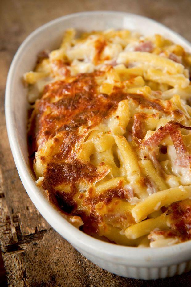 Macaroni met ham en kaas