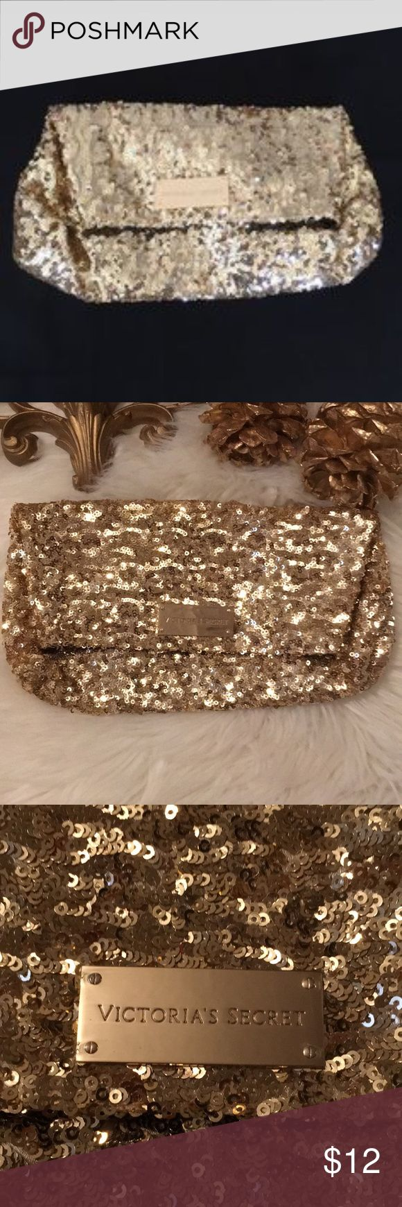 Victoria's Secret Elegant Gold Sequins Clutch Bag Excellent condition Elegant Gold Sequins Clutch Or Makeup Bag Victoria's Secret Bags Clutches & Wristlets