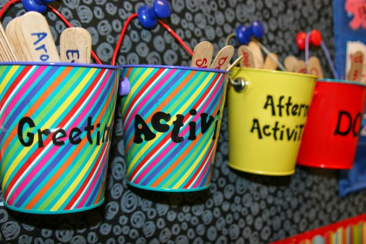Class Activities. Good for brain breaks, morning meeting, team building. From the blog: Tinkering with Teaching.
