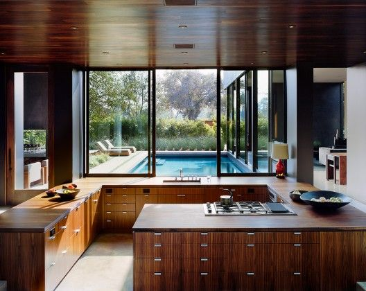 The Vienna Way residence, designed for a young family, is located on a large, extensively landscaped lot in Venice, CA.
