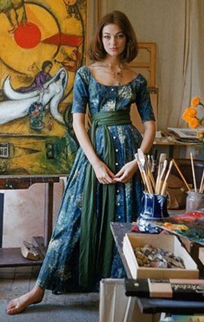 Ivy Nicholson in a dress by Claire McCardell, photographed by Mark Shaw at Marc Chagall's studio, 1955.
