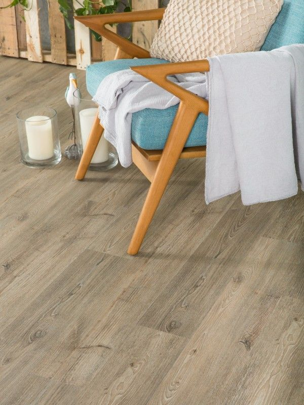 Aragon Click Lock Vinyl Plank Flooring. The perfect flooring for those with pets or children! this would be so much more hygienic than carpet too I cannot believe it is vinyl!
