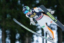 Der jüngste Skispringer Domen Prevc mit 16 Jahren aus Slowenien beim FIS Skispringen Weltcup in Engelberg / Schweiz | Fotograf Kassel http://blog.ks-fotografie.net/pressefotografie/fis-skispringen-engelberg-schweiz-fotografiert/
