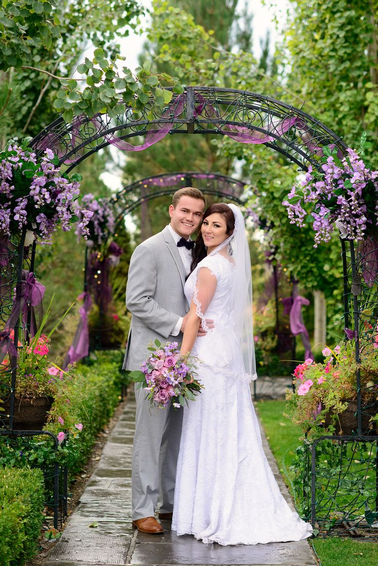 The dress garden utah - Sleepy Ridge Weddings Events Garden Room Entrance Utah Venue Orem Bride