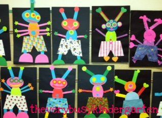 The Very Busy Kindergarten: response to Aliens love underpants