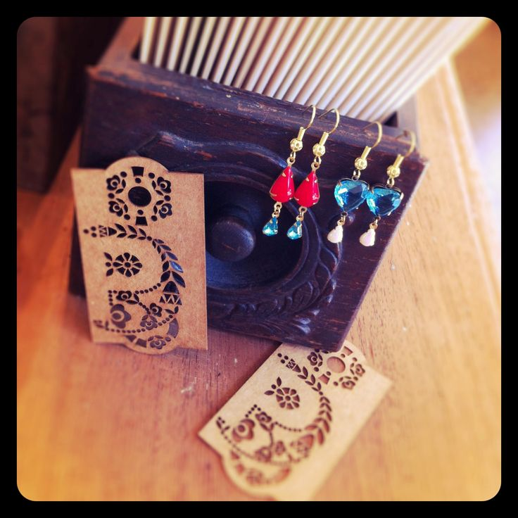 Little vintage glass earrings available at Pollyanna and Me in Newcastle