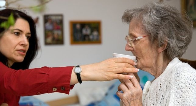 Alzhéimer: el precio de vivir más