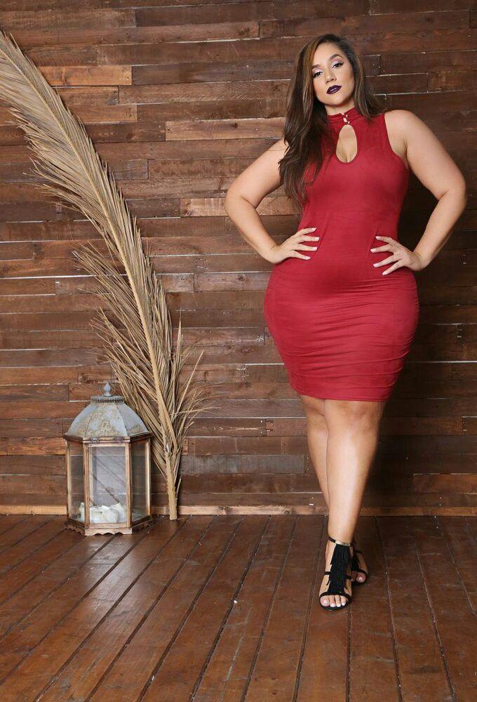 174 Best Erica Lauren Images On Pinterest Curves Size