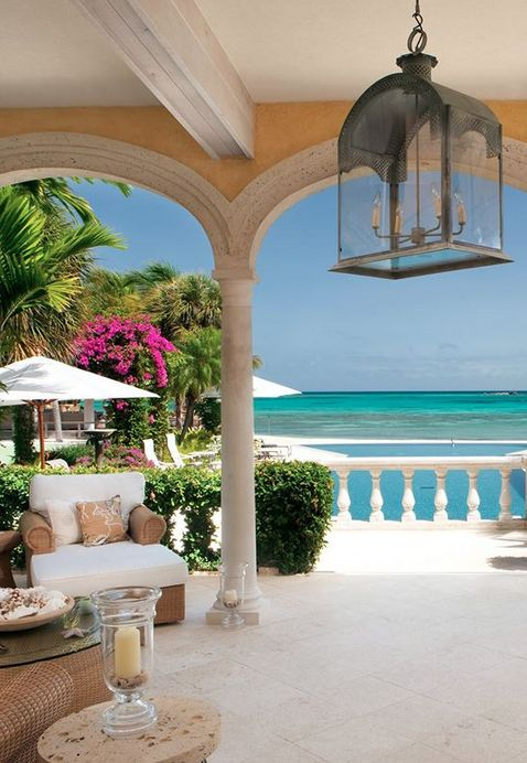 Beachside Courtyard suites are located steps from the sand.