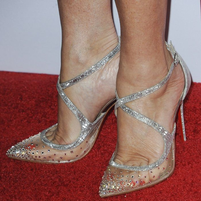 252cc4df34c6 Jane Seymour showing off her pedicure in Christian Louboutin s  Twistissima  Strass  pumps
