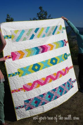 Friendship Bracelet quilt, via Flickr.    The teenage girl in me just went SQUEEEEEEE: Quilts Patterns, Retro Friendship, Bracelets Pdf, Quilts Inspiration, Quilts Design, Friendship Bracelets, Quilts Ideas, Modern Quilts, Bracelets Quilts