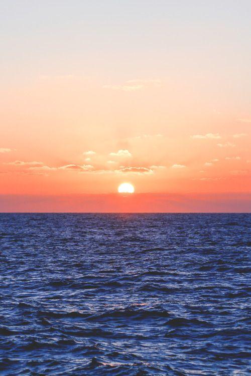 Sunrise from Pyrgos village, Santorini island, Greece - Selected by www.oiamansion.com