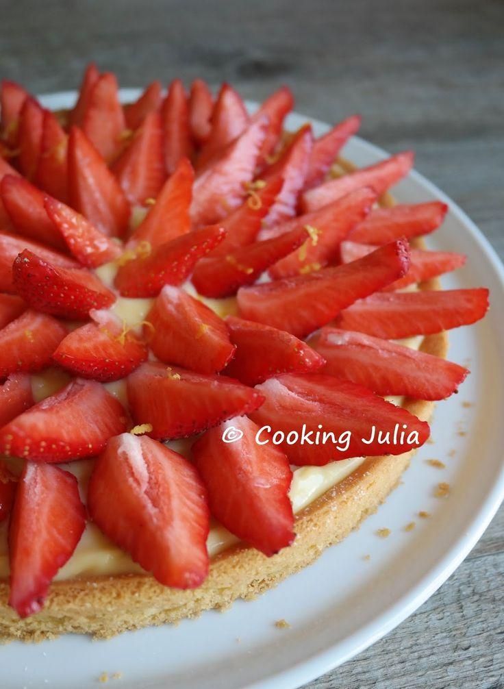 S'il est un dessert qui fait l'unanimité à la maison, comme presque partout d'ailleurs, c'est bien la tarte aux fraises. Il en existe de nom...