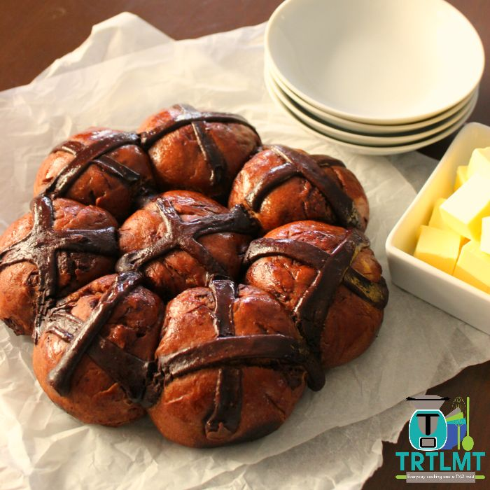 Join us   A Double Chocolate Hot Cross Bun pull apart? It doesn't get much better this for Easter breakfast or brunch!  This recipe