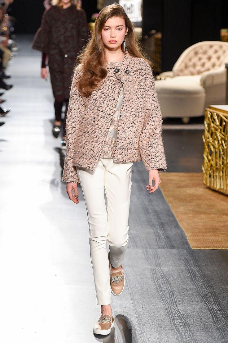 Badgley Mischka Fall 2017 Ready-to-Wear Fashion Show Collection