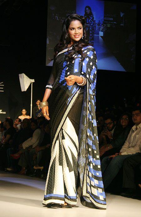 Sameera Reddy for Archana Kochhar #Bollywood #Fashion #LFW